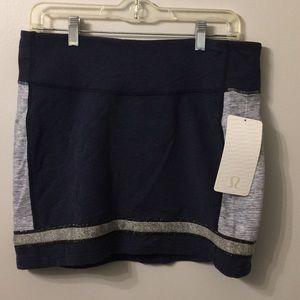 (1873). Lululemon Refresh Skirt.  Sz 10.  NWT